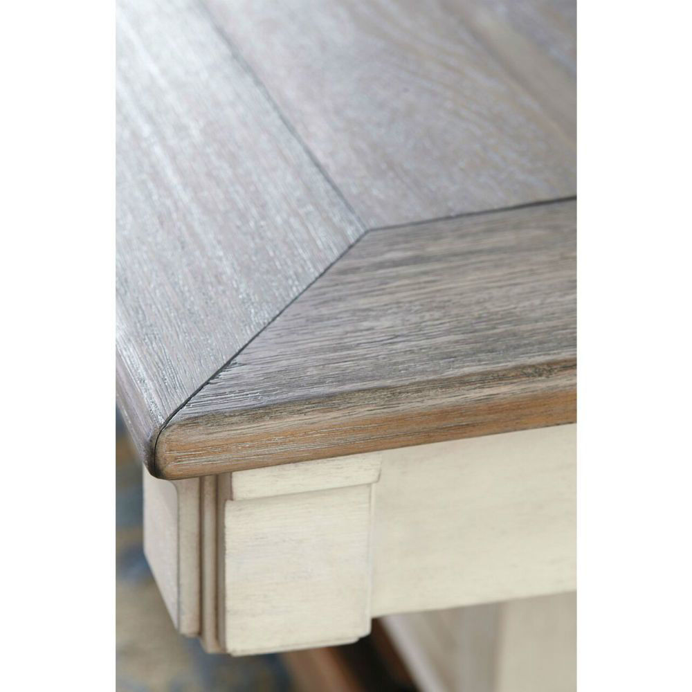 Olympia Dining Table - Top Detail
