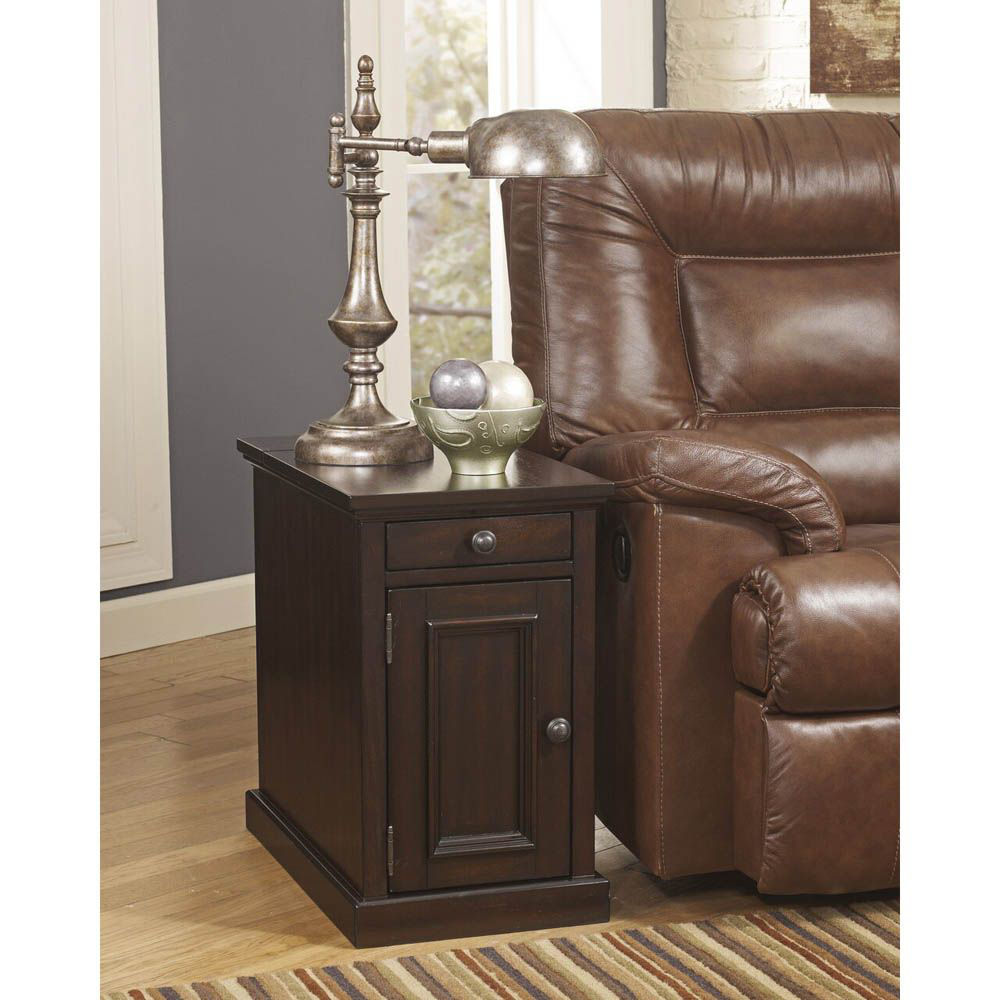 Guilder Chairside End Table - Sable - Lifestyle