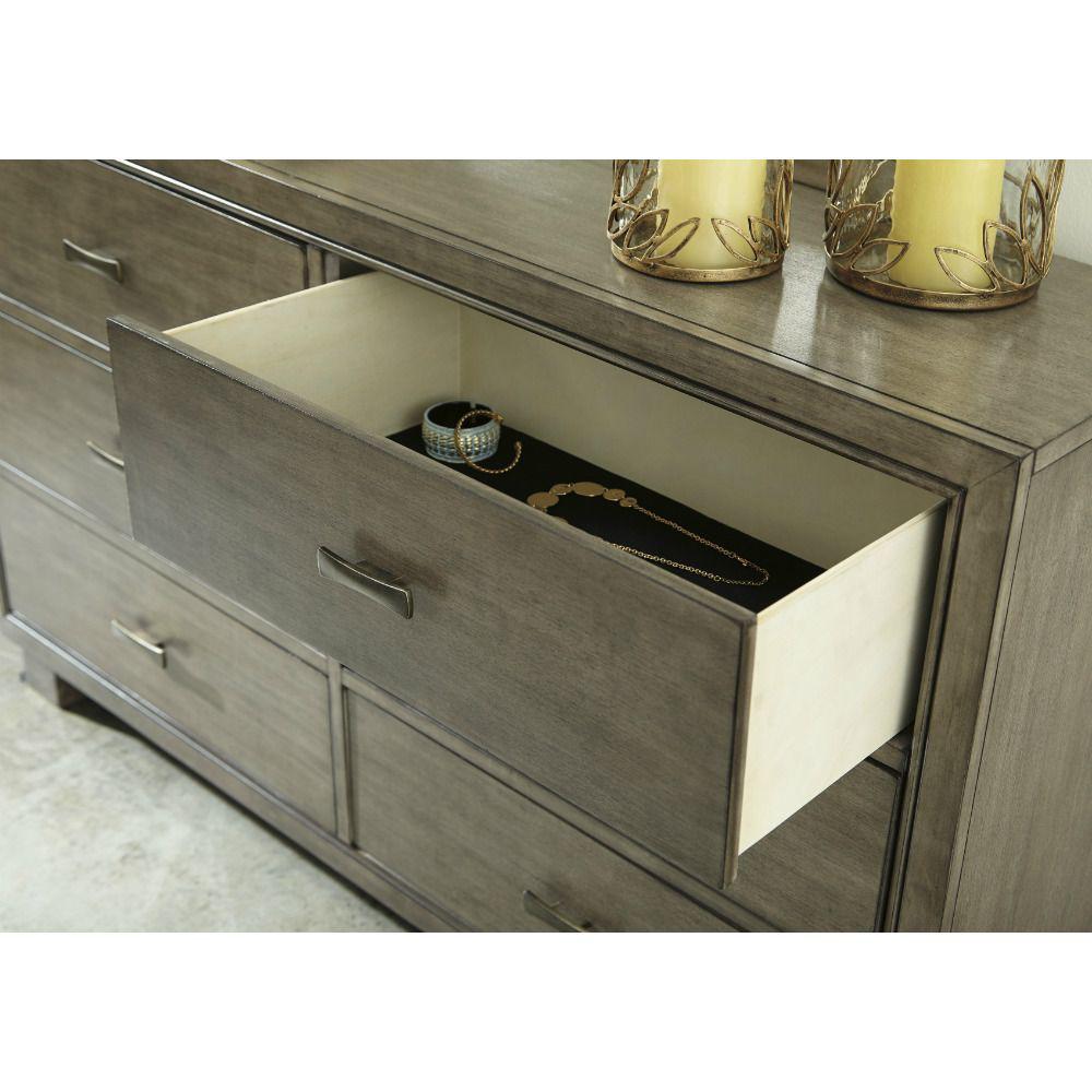 Leander Dresser - Drawer Detail