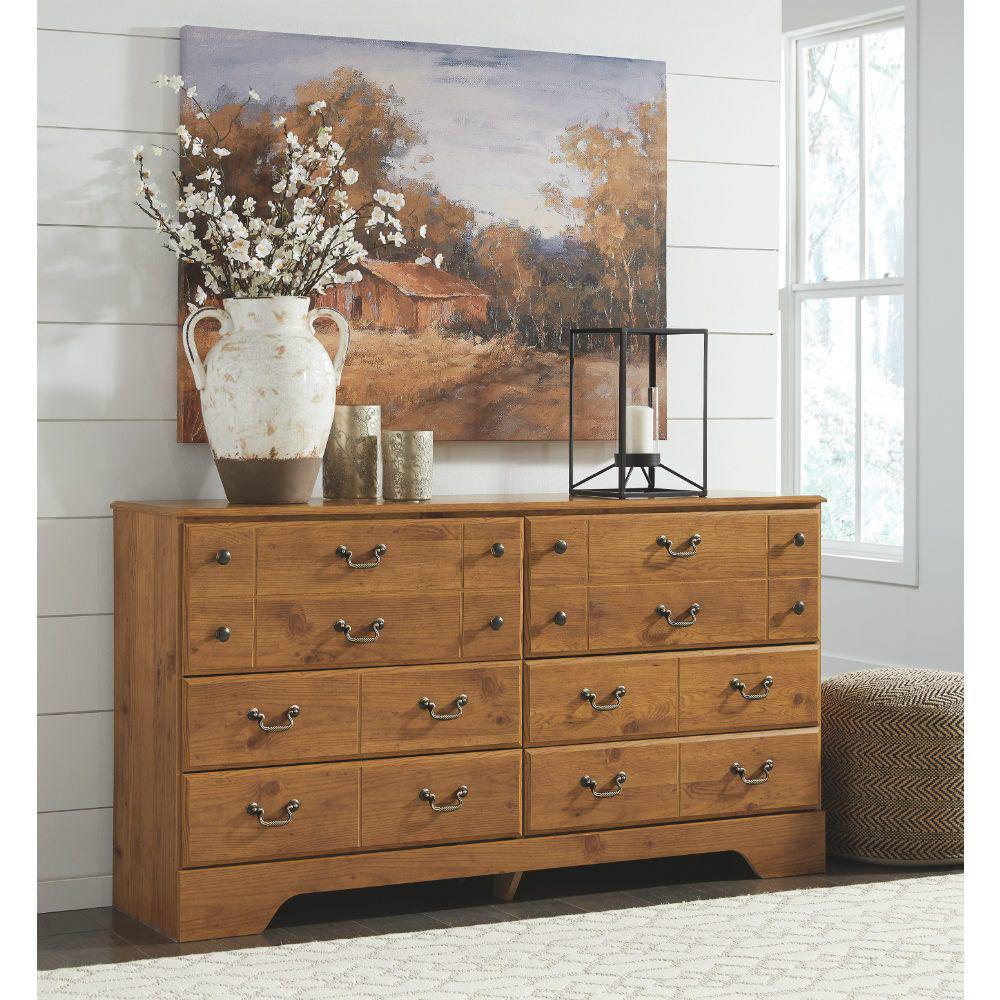 Carmel Dresser - Lifestyle
