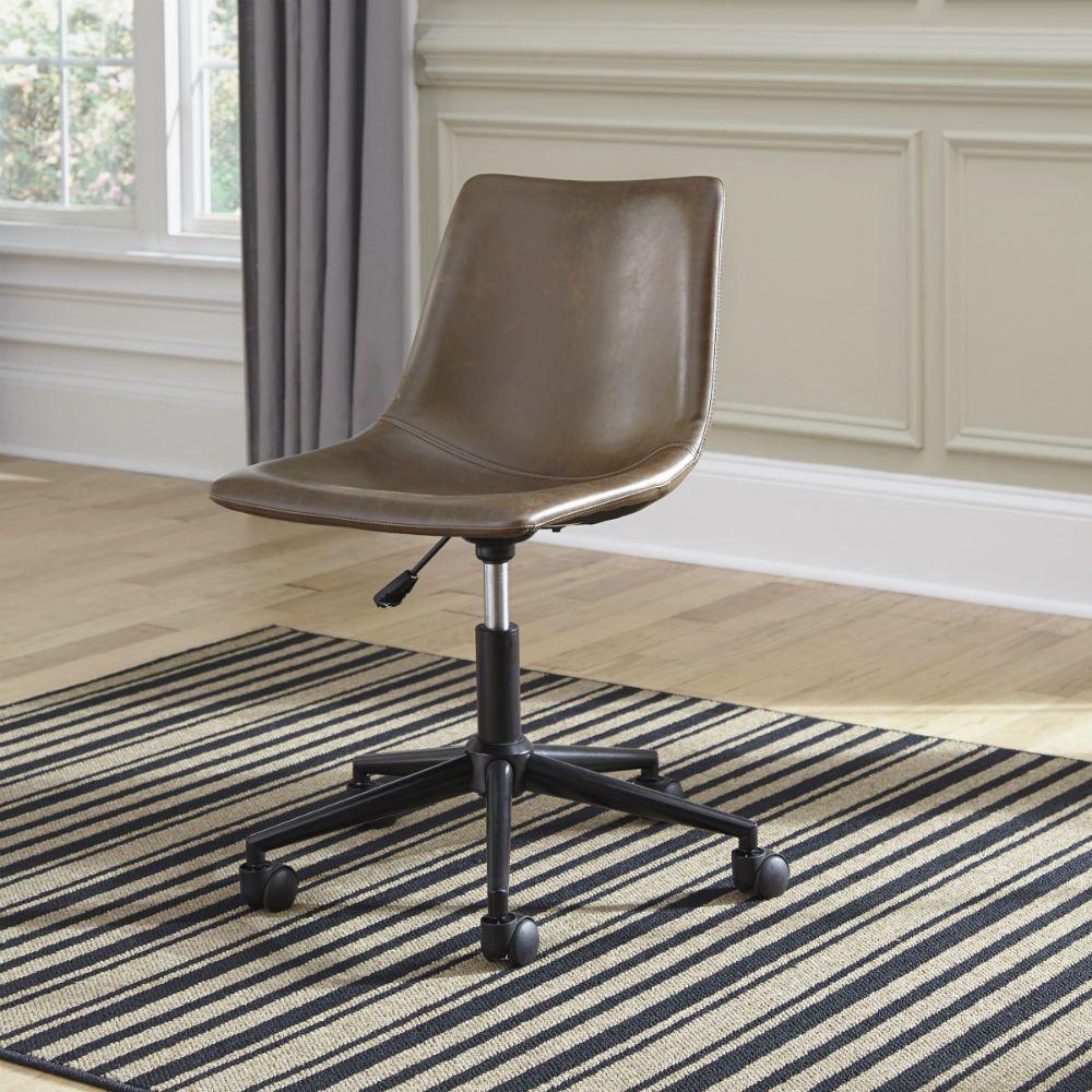 Centiar Swivel Desk Chair - Lifestyle