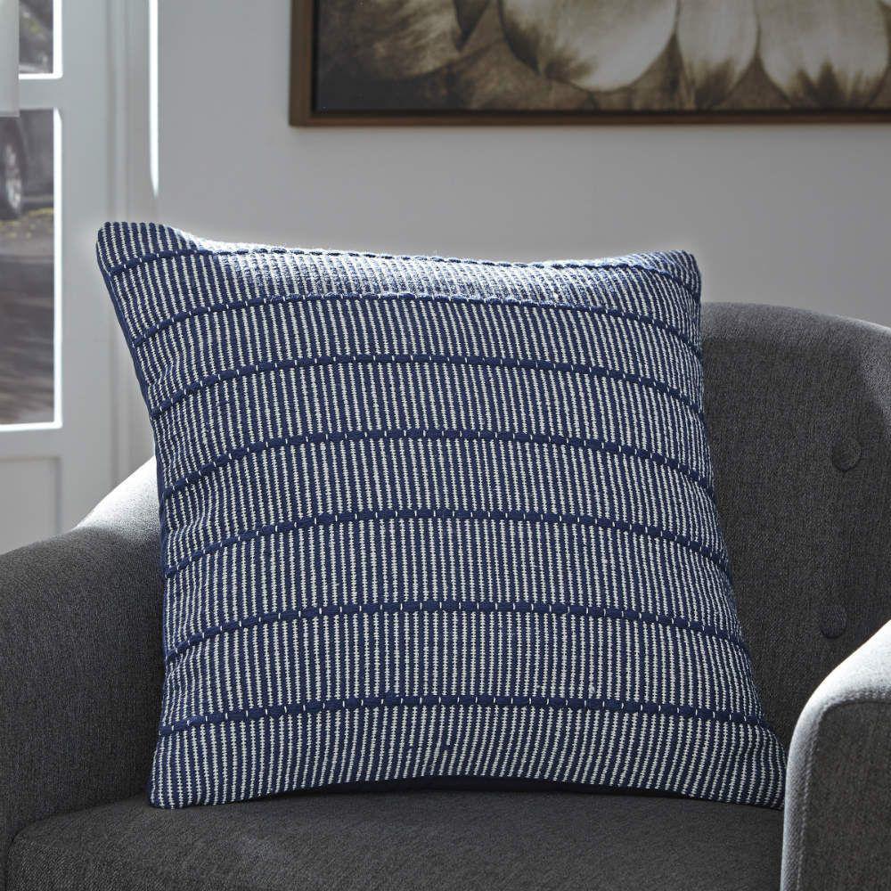 Shiro Pillow - Lifestyle