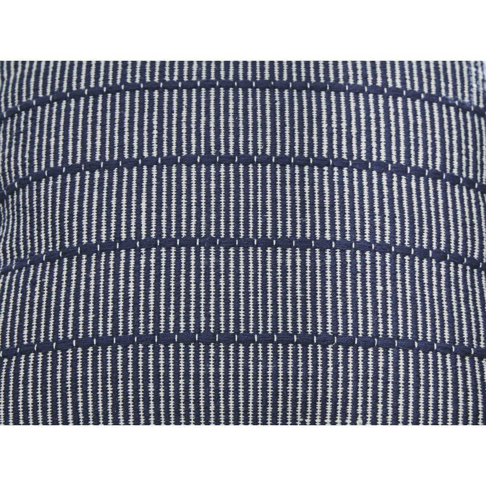 Shiro Pillow - Detail