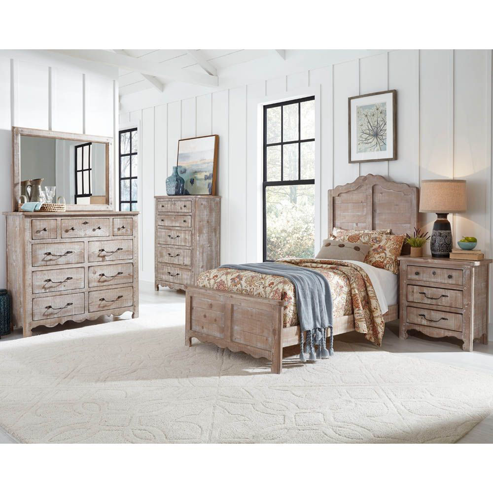 Picture of Chatsworth Chest of Drawers - Chalk