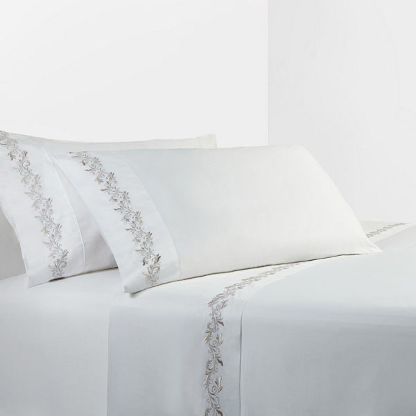 Picture of White/Gray Sheet Set - White