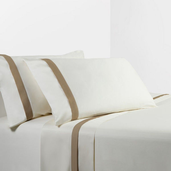 Picture of Cream/Tan Sheet Set