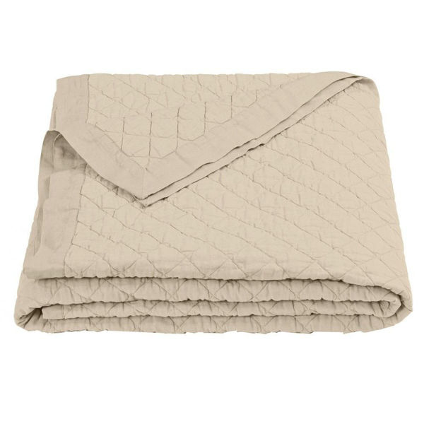 Picture of Diamond Pattern Linen Quilt - Tan