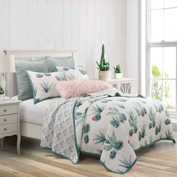 Picture of Sadie 3-Piece Quilt Set
