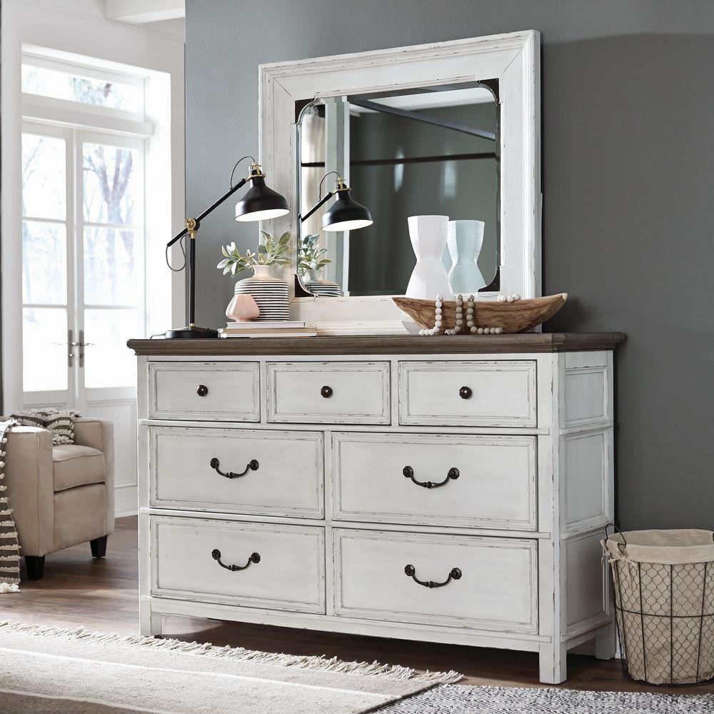 Picture of Bellvue Manor Dresser