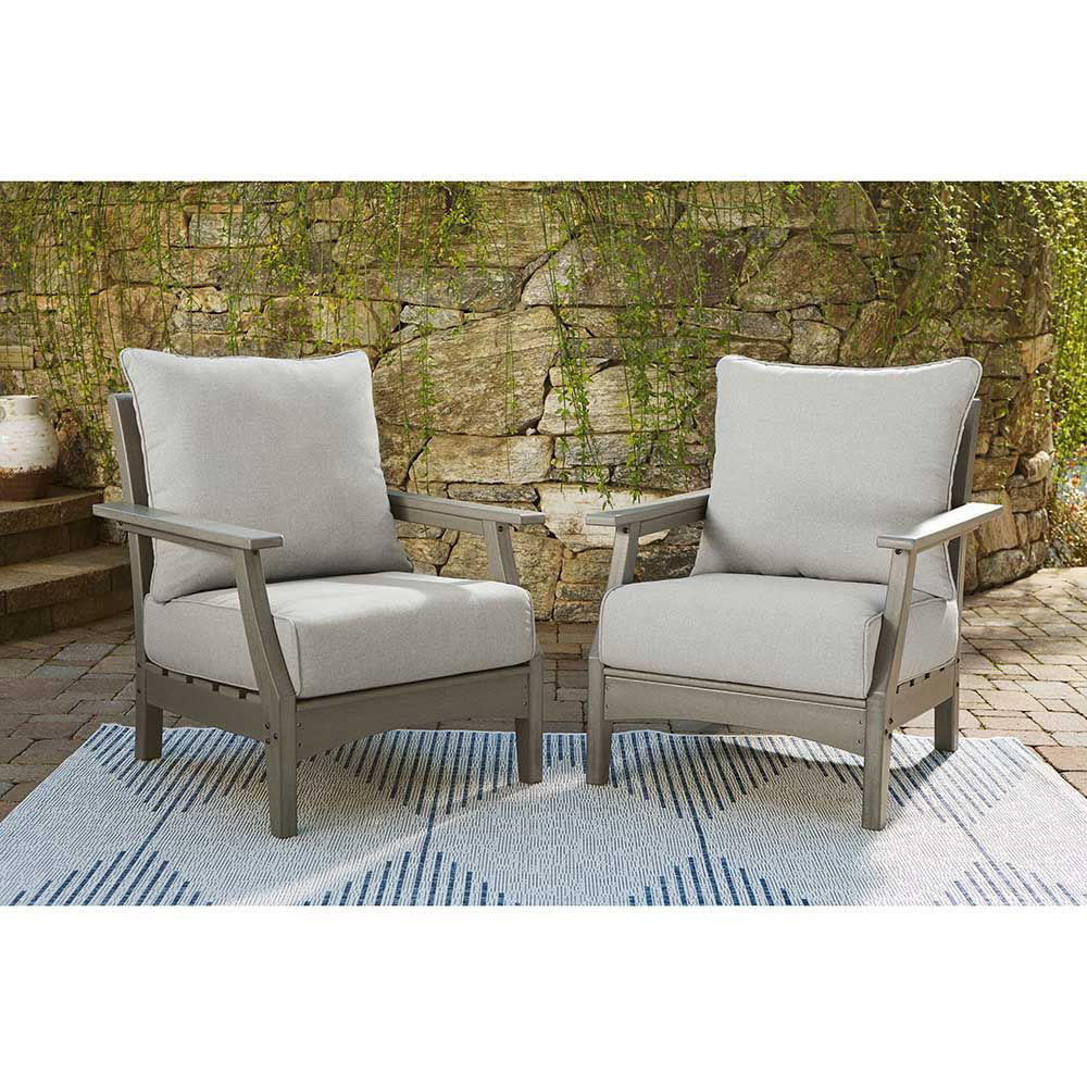 Toronto Outdoor Lounge Chair - Lifestyle