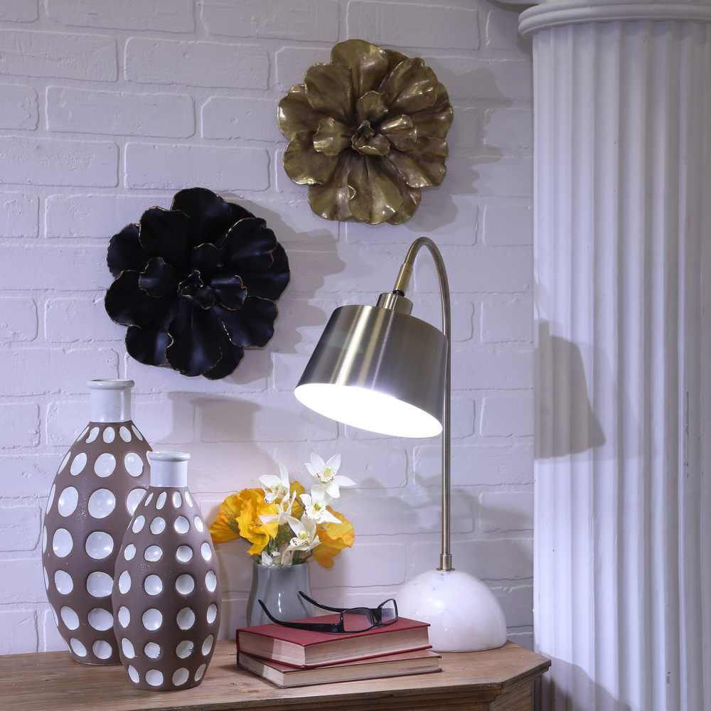 """Picture of Metal 22"""" Desk Lamp - Brass"""